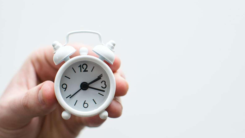 Relógio meu, haverá alguém com menos tempo do que eu?