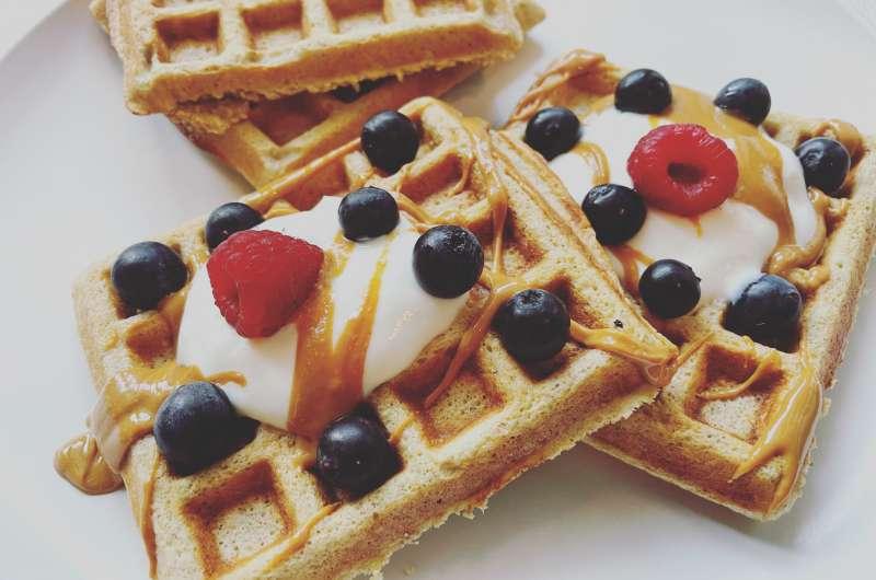 Waffles de aveia, linhaça e banana